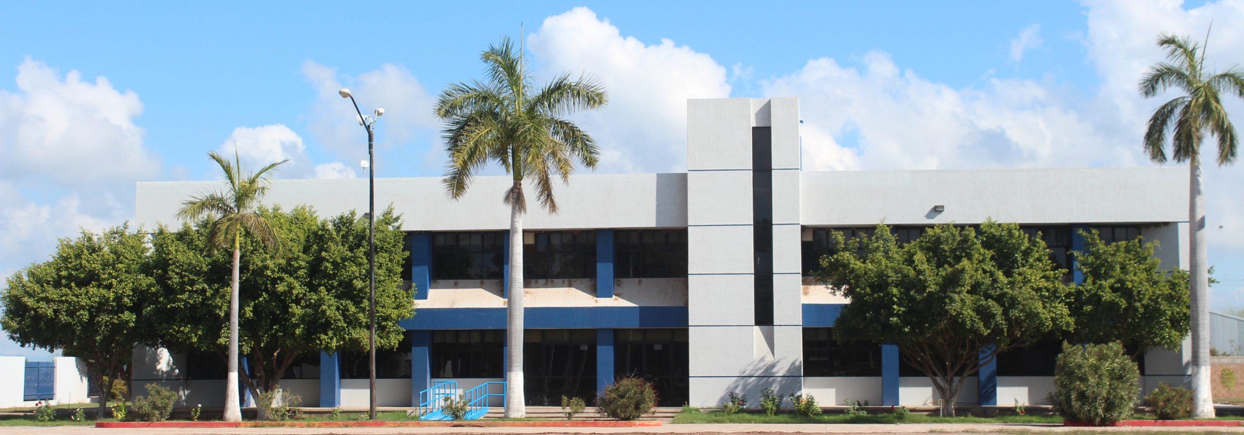 Estudiantes y Docentes del TecNM  Campus Huatabampo reciben capacitación para el manejo del equipamiento que se dio a tres Laboratorios en el Edificio Multifuncional.